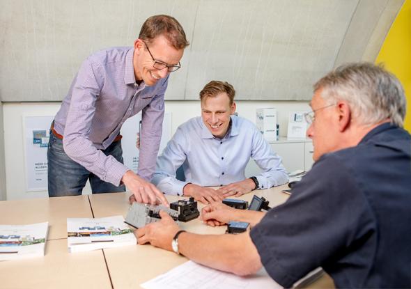 Van den Bor Elektrotechniek and fortop exchange knowledge