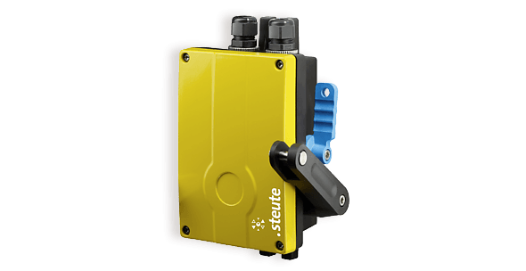 Pull cord switch with fiberglass-reinforced housing - steute ZS 91